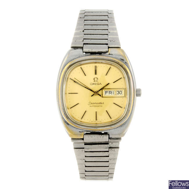 OMEGA - a gentleman's gold plated Seamaster bracelet watch.