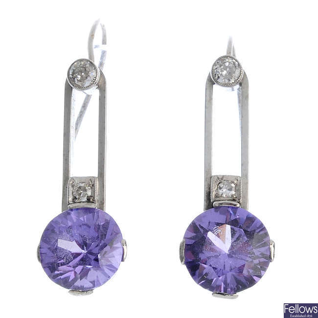 A set of synthetic sapphire and diamond jewellery.