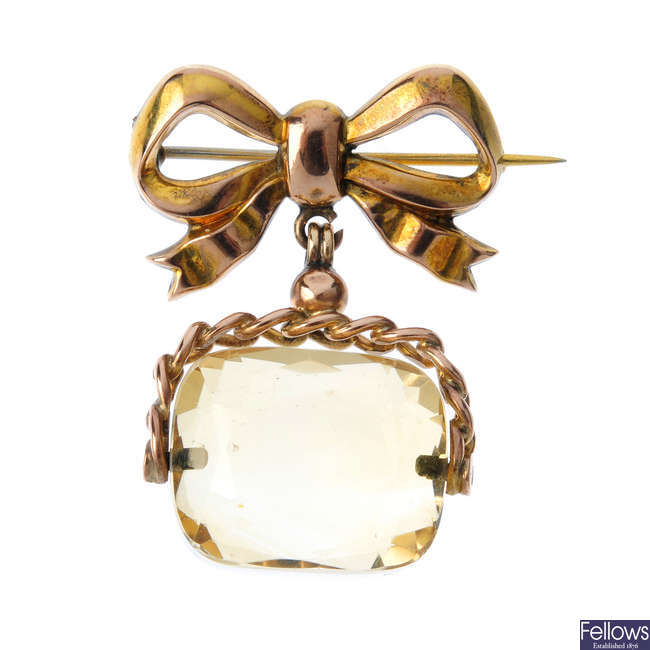 An early 20th century 9ct gold citrine fob brooch.