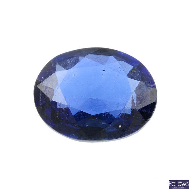 An oval-shape sapphire, weighing 1.81cts.