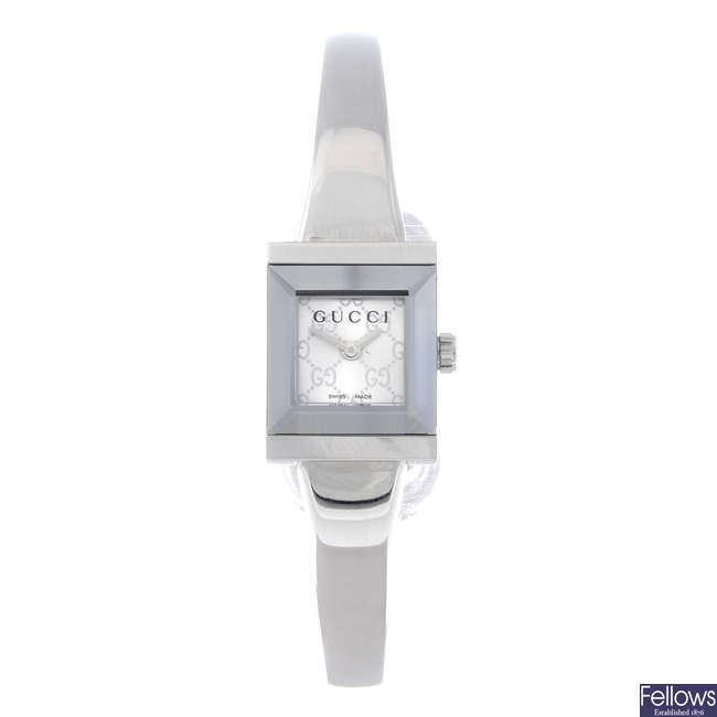 GUCCI - a lady's stainless steel 128.5 bracelet watch.