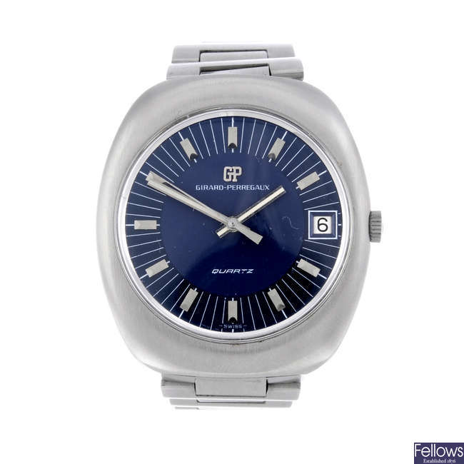 GIRARD-PERREGAUX - a gentleman's stainless steel bracelet watch.