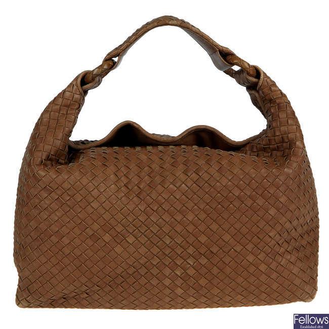 BOTTEGA VENETA - a brown Nappa Intrecciato Sloane hobo handbag.