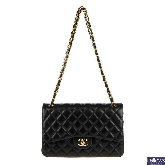 CHANEL - a Jumbo Classic Double Flap handbag.