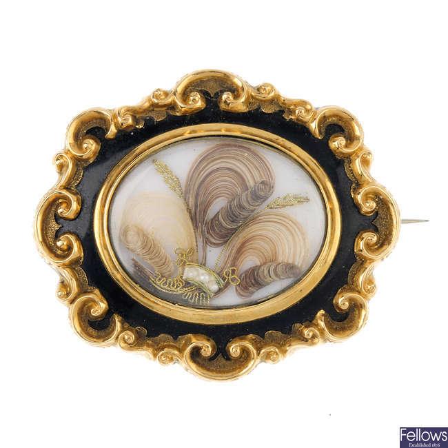 A late Victorian memorial brooch.