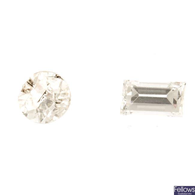 Nine vari-cut diamonds, total weight 2.46cts.