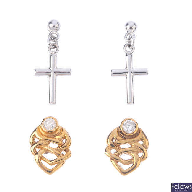 Four pairs of earrings.