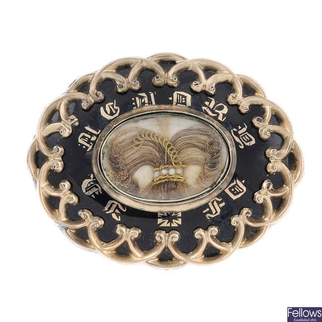 A late Victorian memorial brooch.