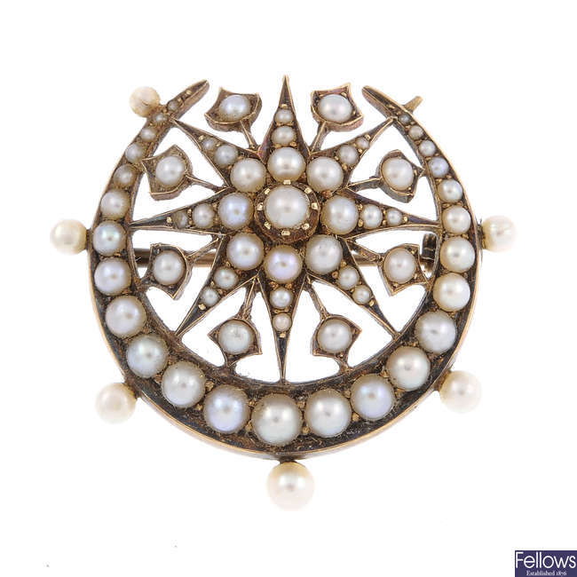 A late Victorian gold split pearl brooch.