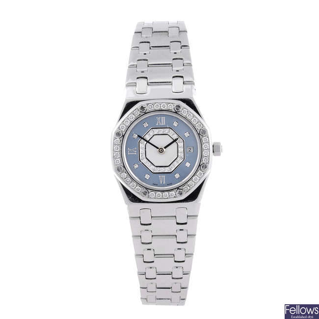 AUDEMARS PIGUET - a lady's 18ct white gold Royal Oak bracelet watch.