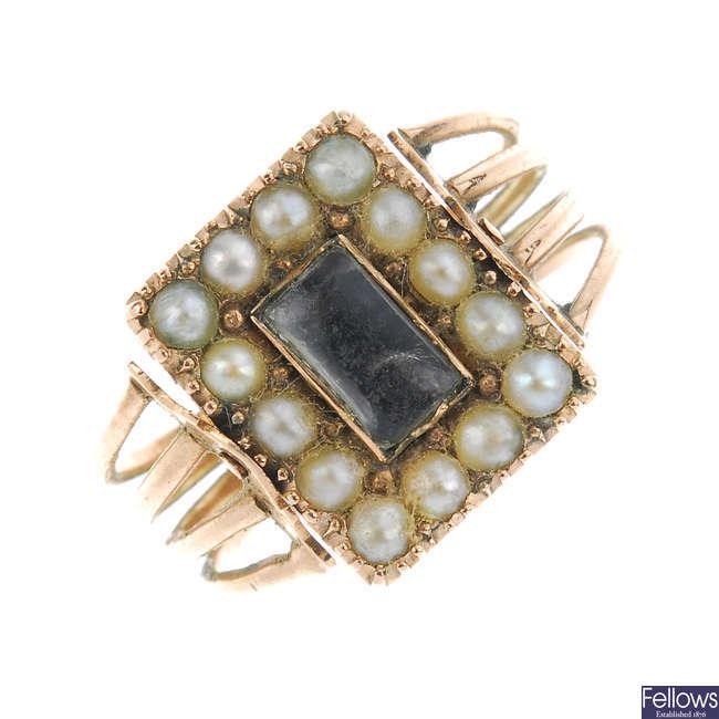 A George III gold enamel and split pearl memorial ring.