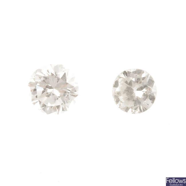 A selection of circular-shape diamonds, total weight 0.68ct.