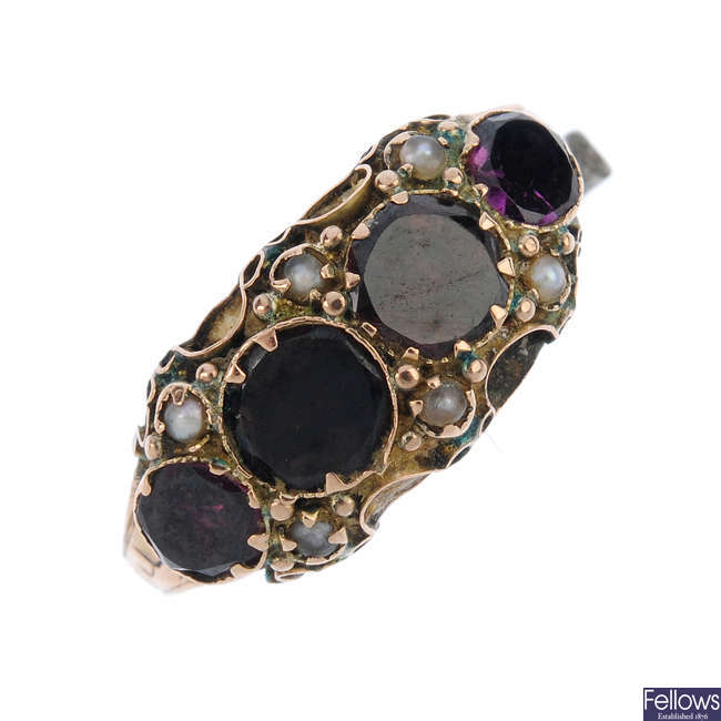 A mid Victorian 9ct gold garnet and split pearl ring.