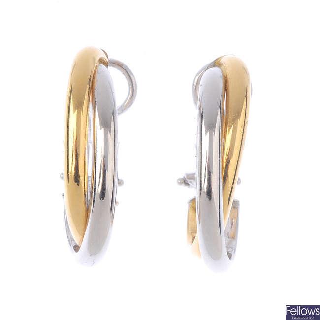 A pair of hoop earrings.