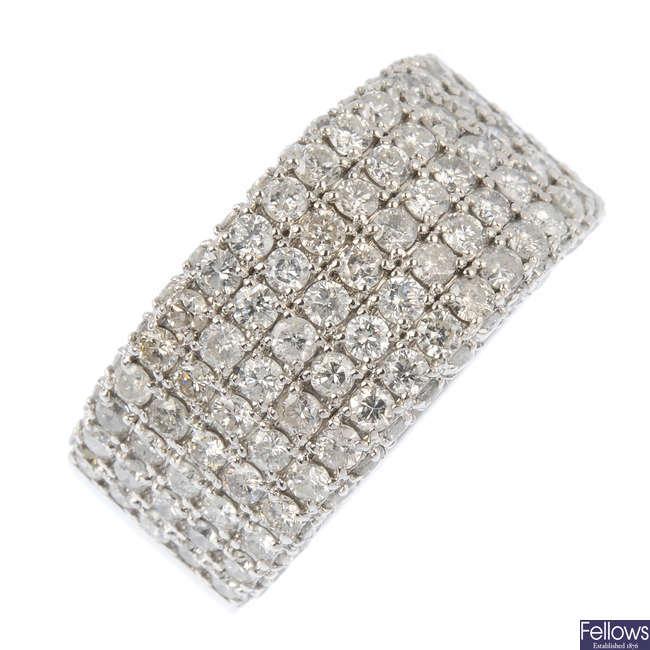 A 14ct gold diamond band ring.