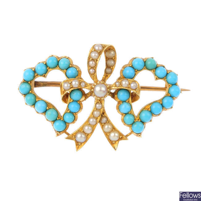 A late Victorian 15ct gold turquoise and split pearl brooch.