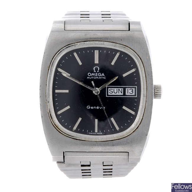 OMEGA - a gentleman's stainless steel Genève bracelet watch.