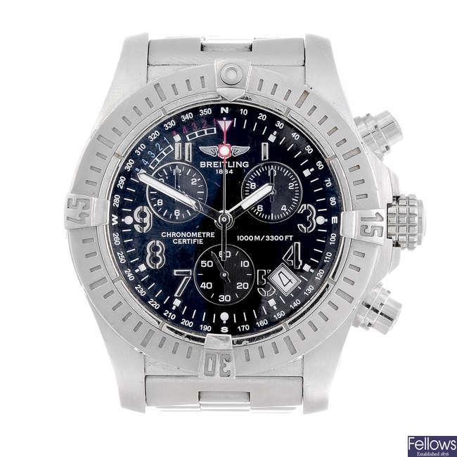 BREITLING - a gentleman's stainless steel Avenger Seawolf chronograph bracelet watch.