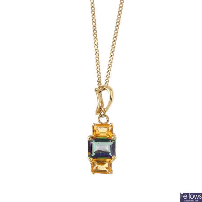 Three items of gems-set jewellery.