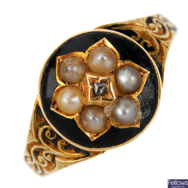A late Victorian 15ct gold enamel, split pearl and diamond memorial ring.