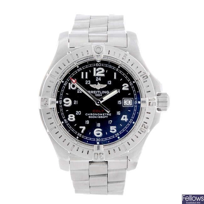 BREITLING - a gentleman's stainless steel Colt Quartz II bracelet watch.