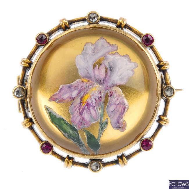 A late Victorian Austrian reverse carved crystal brooch.