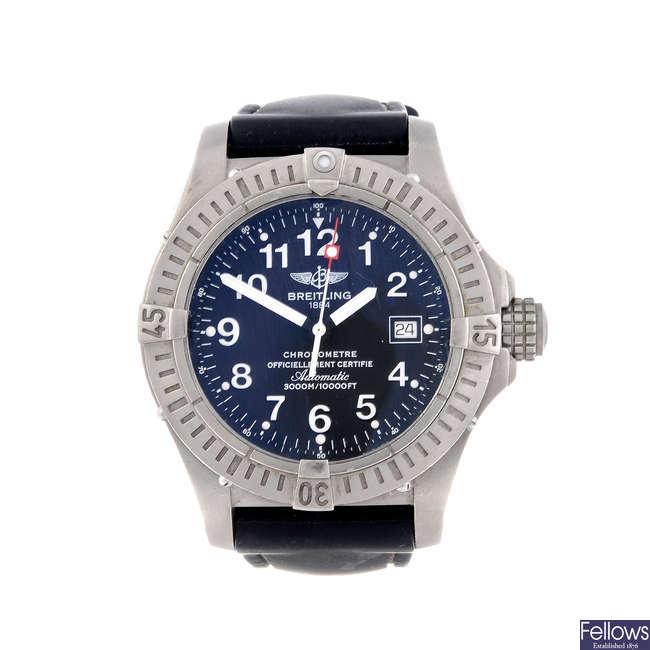 BREITLING - a gentleman's titanium Avenger Seawolf wrist watch.