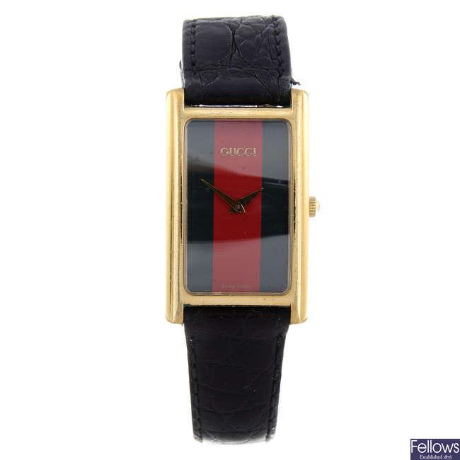 GUCCI - a gentleman's gold plated 2600M wrist watch.