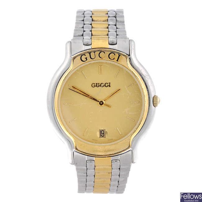 GUCCI - a gentleman's bi-colour 8000M bracelet watch with a Gucci 9000M bracelet watch.