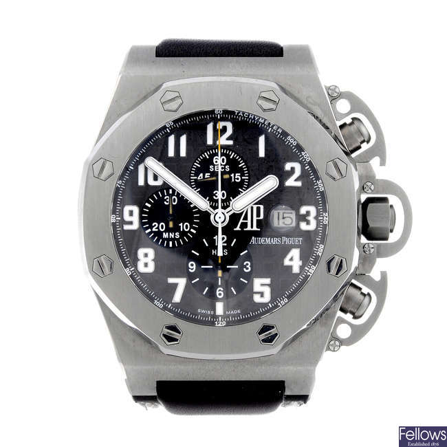 AUDEMARS PIGUET - a gentleman's titanium Royal Oak Offshore T3 chronograph wrist watch.