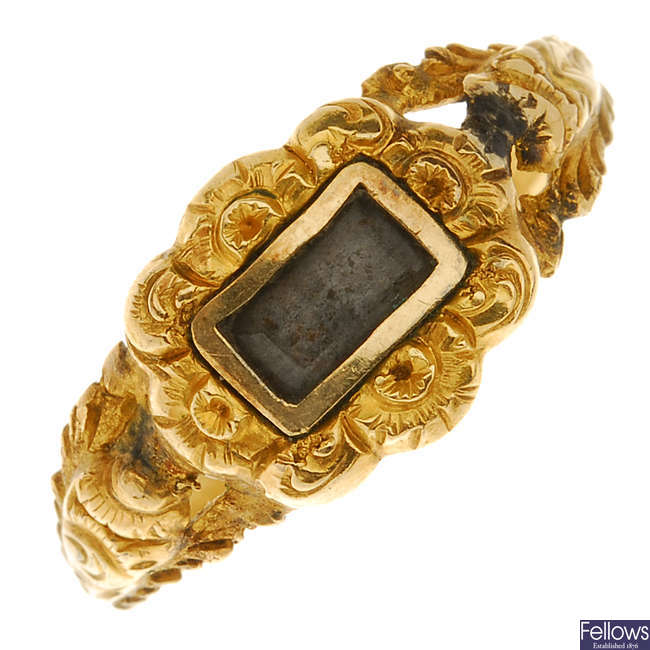 An early Victorian gold memorial ring.