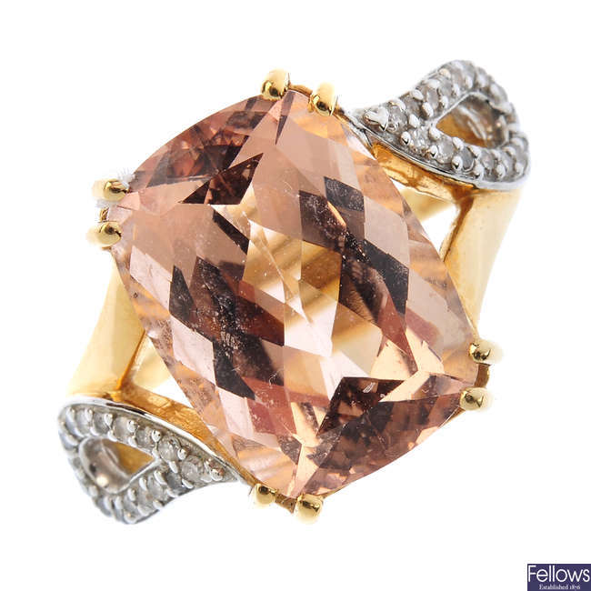 An 18ct gold morganite and diamond ring.