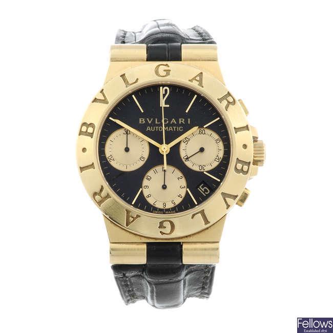 BULGARI - a gentleman's 18ct yellow gold Diagono chronograph bracelet watch.