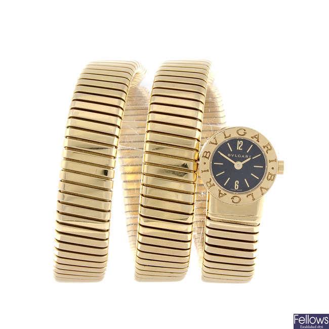 BULGARI - a lady's 18ct yellow gold Bulgari Tubogas bracelet watch.
