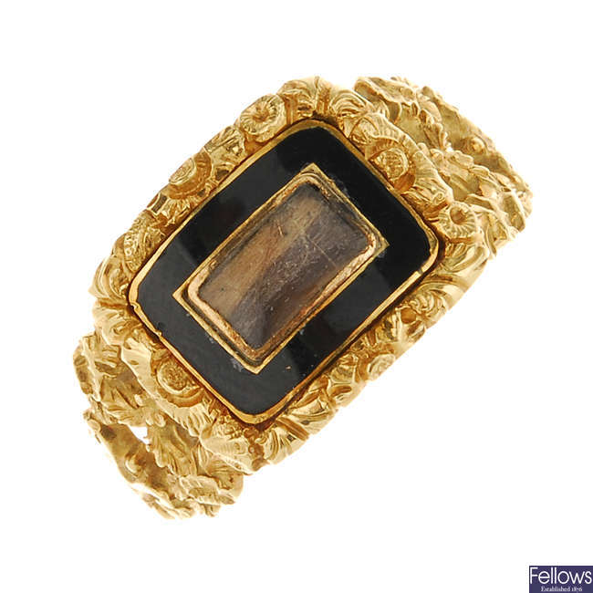 A George IV 18ct gold enamel memorial ring.