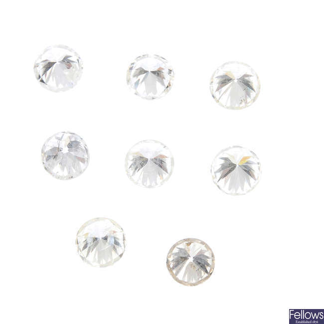 Eight brilliant-cut diamonds.