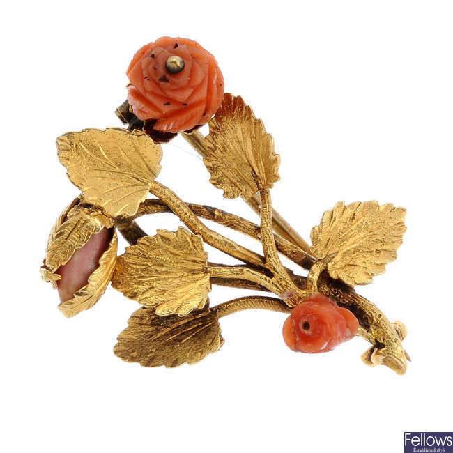 An early Victorian gold coral brooch.