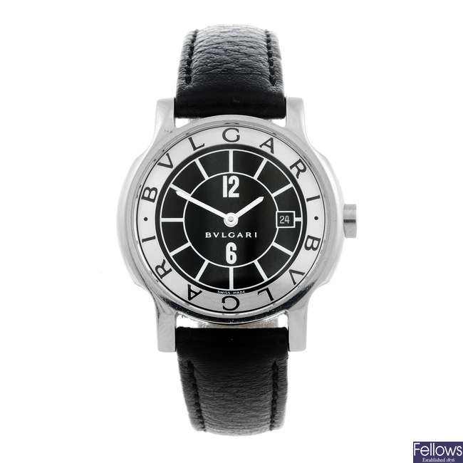 BULGARI - a lady's stainless steel Solotempo wrist watch.