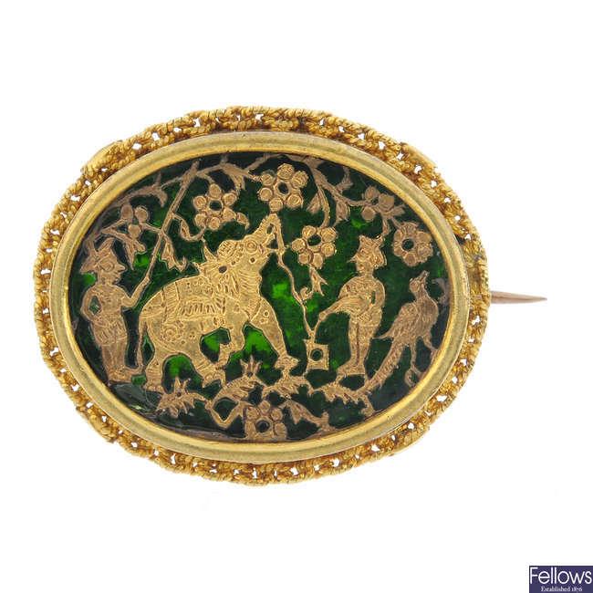 A late 19th century 18ct gold Pratapgarh brooch.