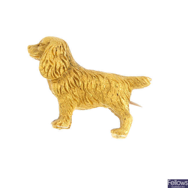 An early 20th century 15ct gold Cavalier King Charles spaniel brooch.