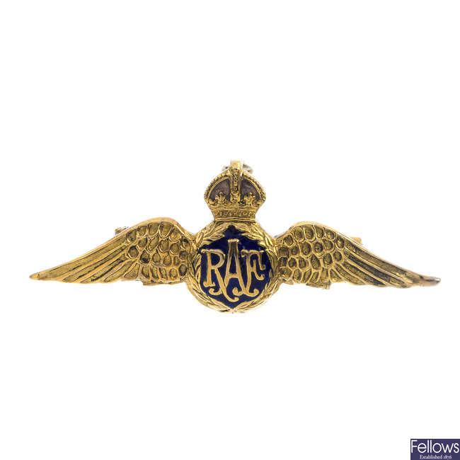 A 1970's 9ct gold enamel RAF brooch.