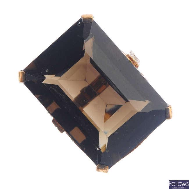 A 1970s 9ct gold smoky quartz ring.