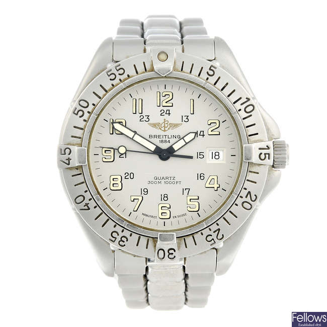 BREITLING - a gentleman's stainless steel Colt bracelet watch.