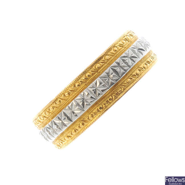 A 22ct gold band ring.