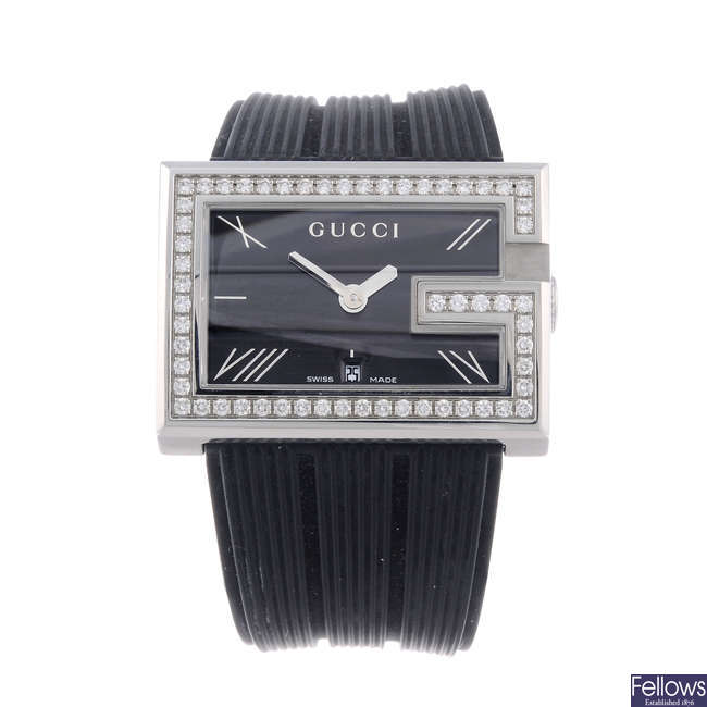 GUCCI - a lady's stainless steel 235 wrist watch.