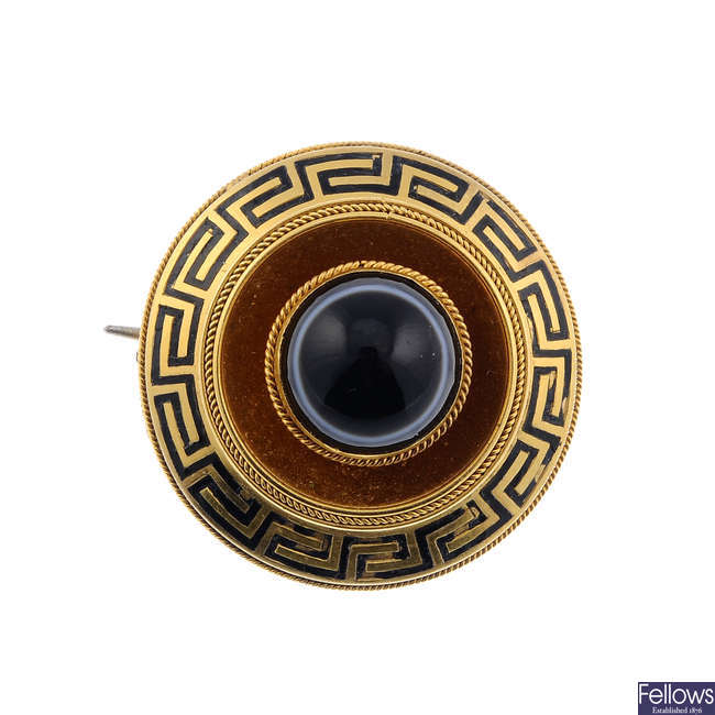 A late Victorian gold banded agate memorial brooch.
