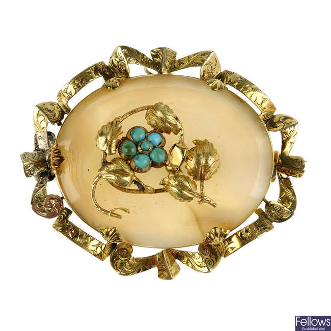 A mid Victorian forget-me-not brooch.