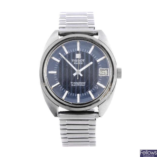 TISSOT - a gentleman's stainless steel bracelet watch.