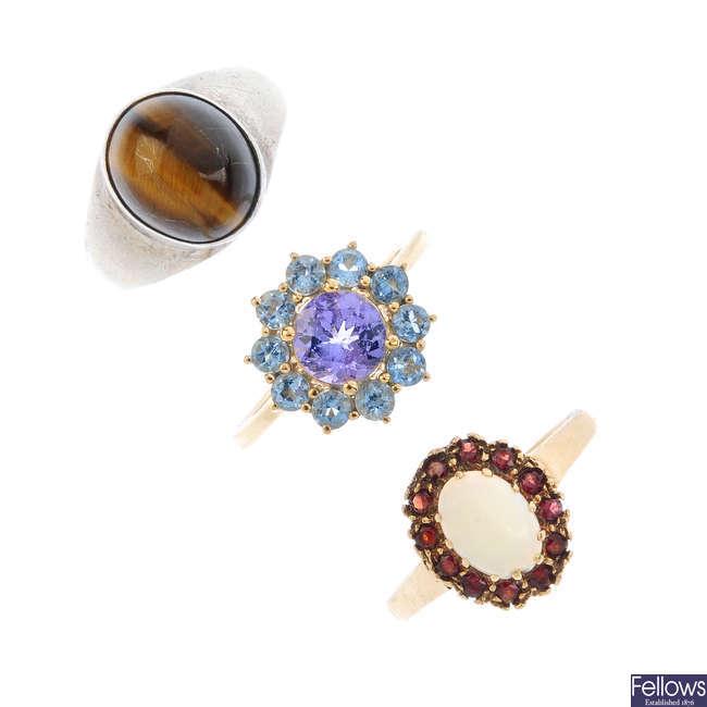 A selection of gem set jewellery.