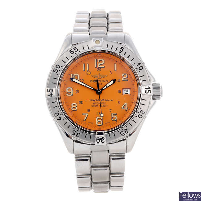 BREITLING - a gentleman's stainless steel SuperOcean bracelet watch.